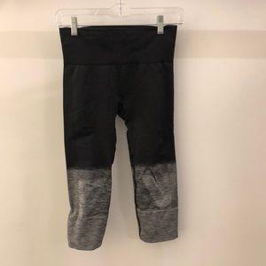 Lululemon gray ombré crop tights sz 4 68467